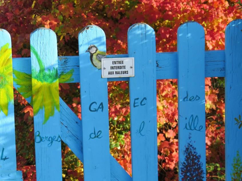portail_bleu_prairies_saint_martin_rennes