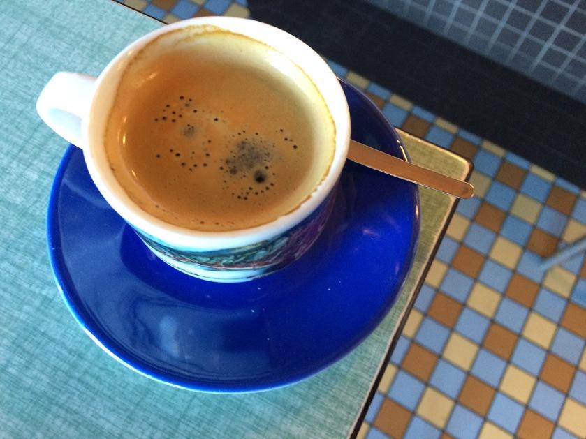 cafe_formica_cafe_du_port_trentemoult